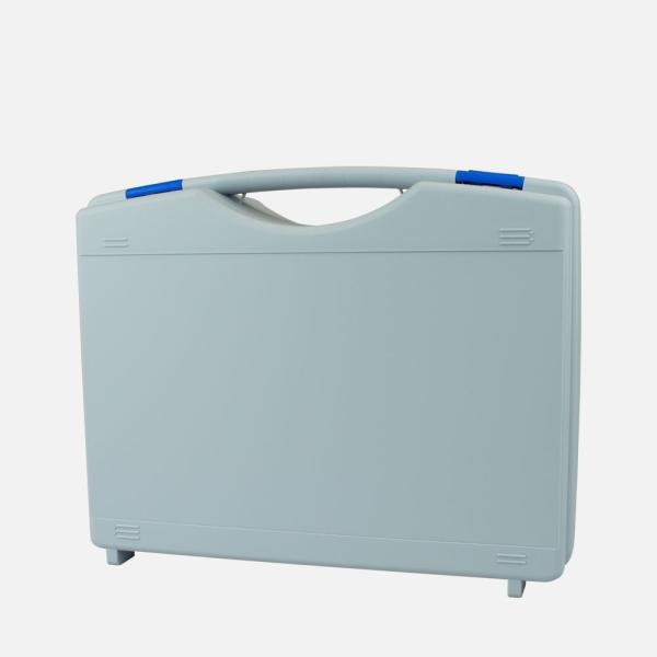 Kunststoffkoffer grau mit blauen Verschluss, leer