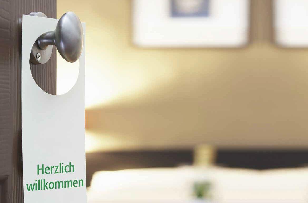Erste Hilfe Produkte für Hotel und Gastronomie speziell für die ...